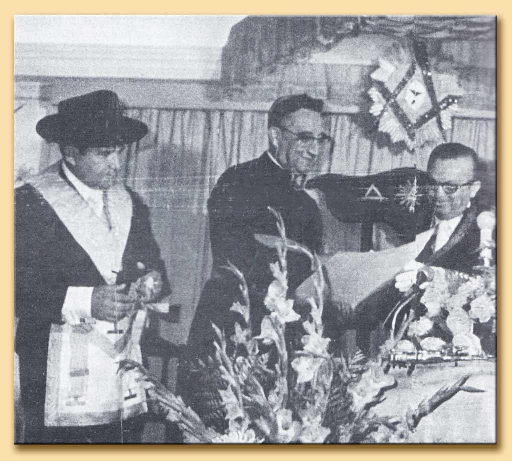 cardinale avelar brandào vilela in una loggia massonica